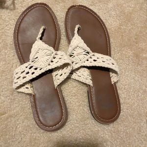 Lace Detailed Flip Flops